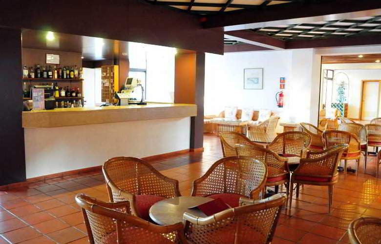 Dom Pedro Lagos - Bar - 8