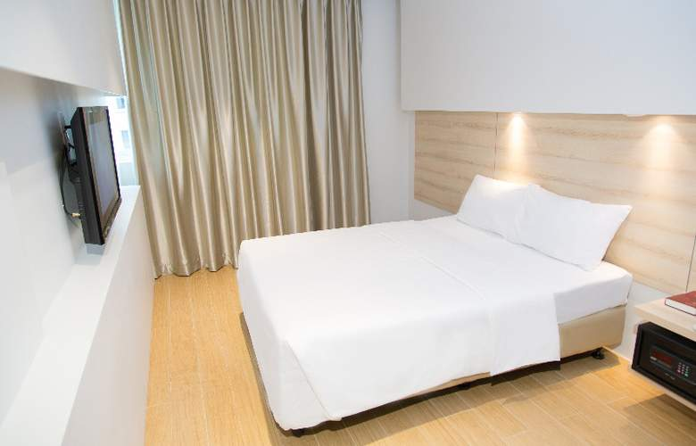 Summer View - Room - 14