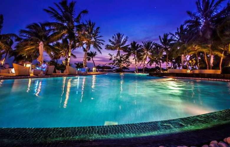 Kihaad Maldives - Pool - 14