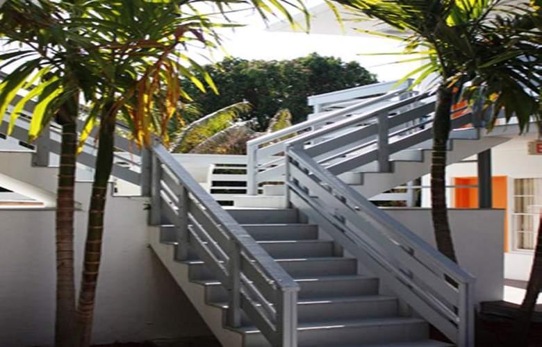 Travelodge by Wyndham Miami Biscayne Bay - Hotel - 2