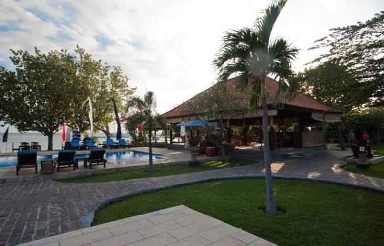 Adi Assri Beach Cottages Singaraja - Hotel - 7