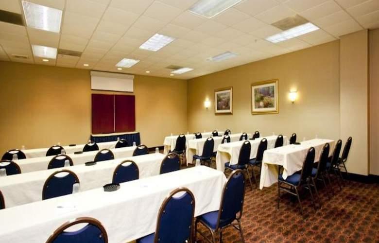 Hampton Inn Winchester - Conference - 4