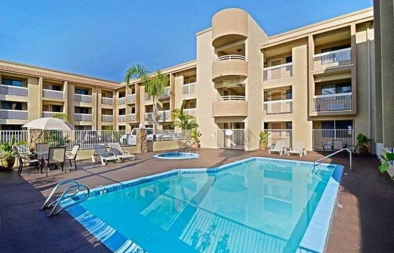 Best Western Plus Chula Vista Inn - Hotel - 4