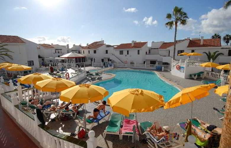 Villa Florida - Pool - 15