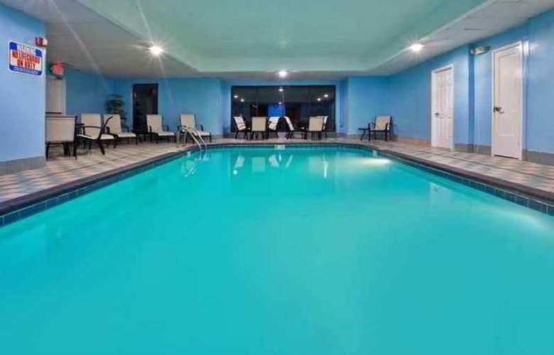 Hampton Inn Columbus-East - Hotel - 2