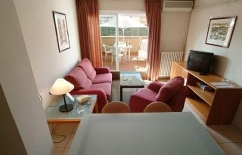 Aparthotel Bertran - Room - 3