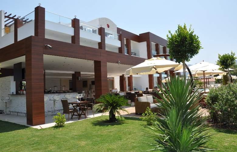 Small Beach Hotel - Hotel - 7