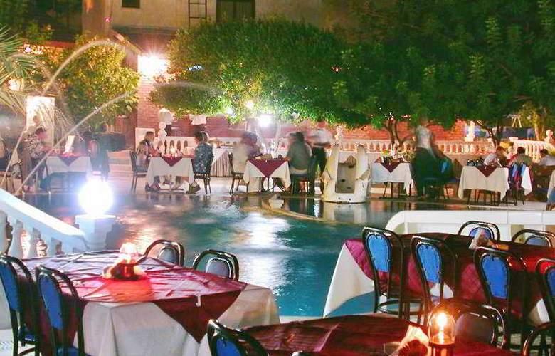 Riverside - Restaurant - 6