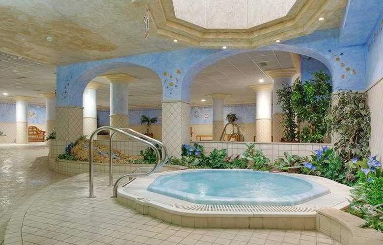 Mijas Costa Apartments - Pool - 5
