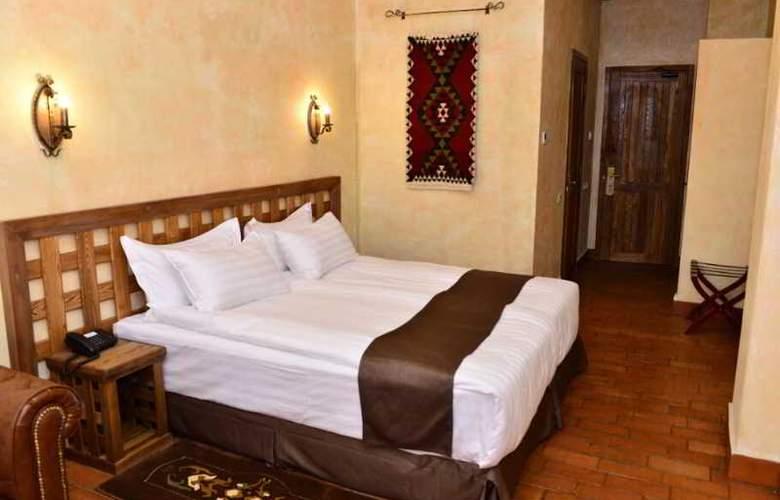 Caucasus - Room - 23