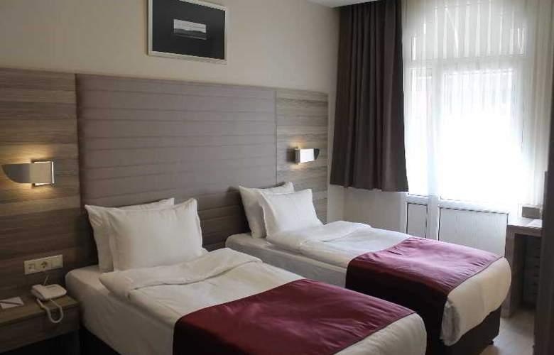 Comfort Beige - Room - 8
