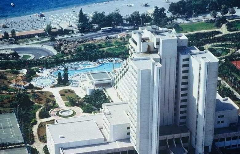 Ozkaymak Falez - Hotel - 0
