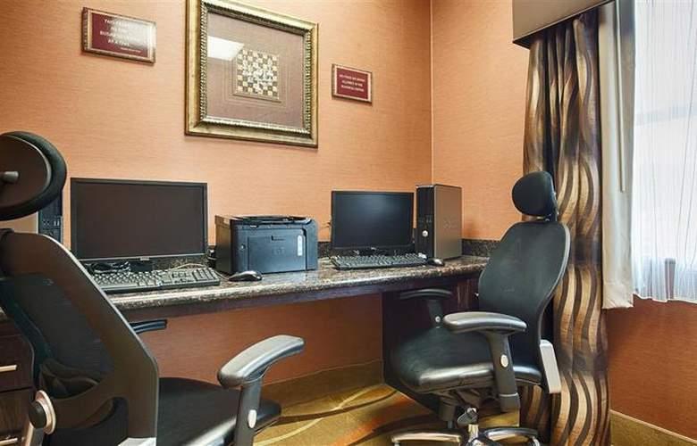 Best Western Plus Jfk Inn & Suites - Conference - 36