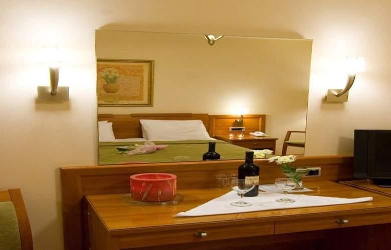 Lito Hotel - Room - 1