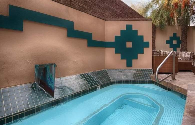 Best Western Inn of Tempe - Pool - 4