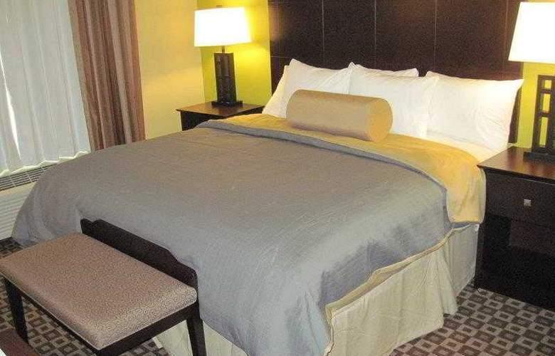 Best Western Plus Chalmette Hotel - Hotel - 12