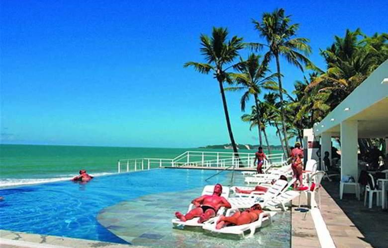 eSuites Vila do Mar - Pool - 9
