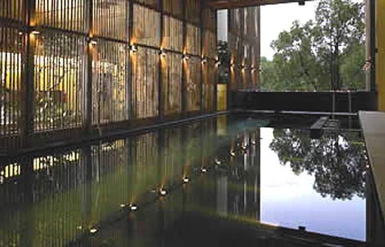 Maya Kuala Lumpur - Pool - 4
