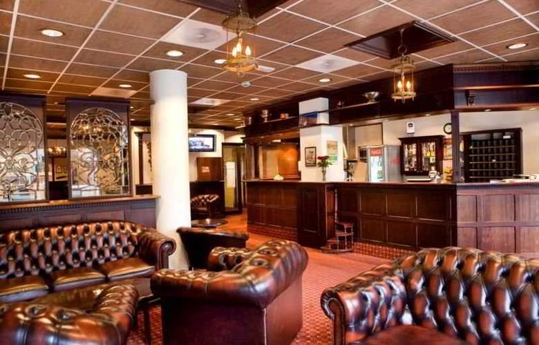Best Western Chesterfield Hotel - Bar - 5