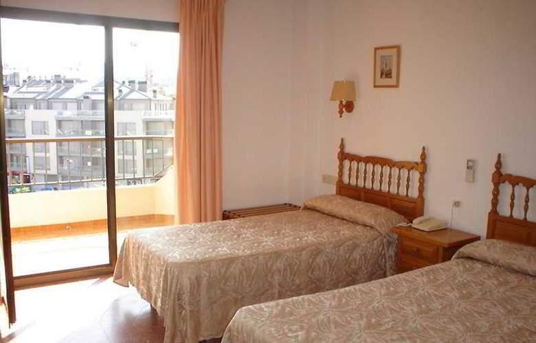 Prado II - Room - 3