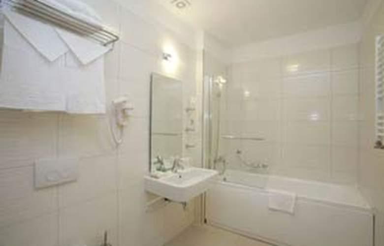 Plus Mari Vila Bucharest - Room - 8