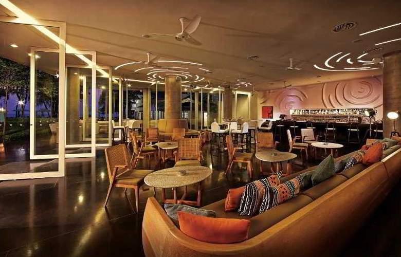 Lone Pine Hotel Penang - Bar - 33
