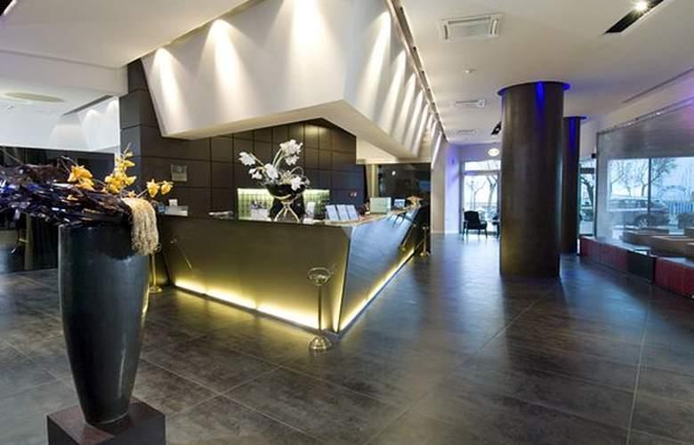 Cruiser Congress - Hotel - 1