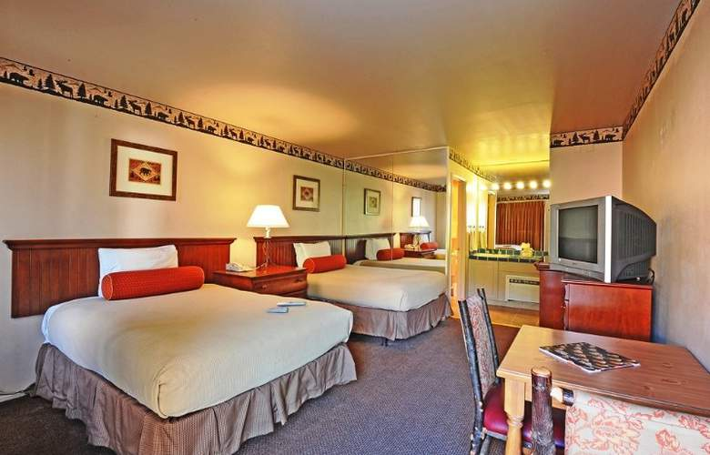 Forest Suites Resort - Room - 12