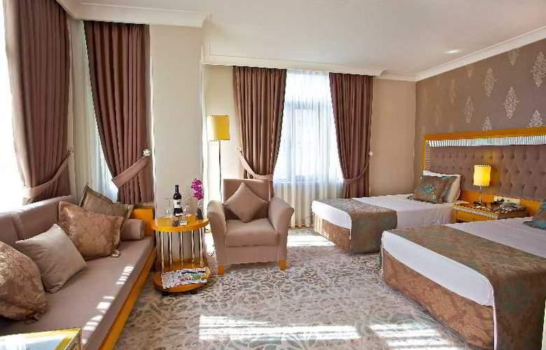 Villa Zurich - Room - 13