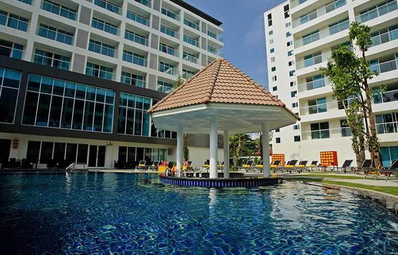 Centara Pattaya Resort - Pool - 21