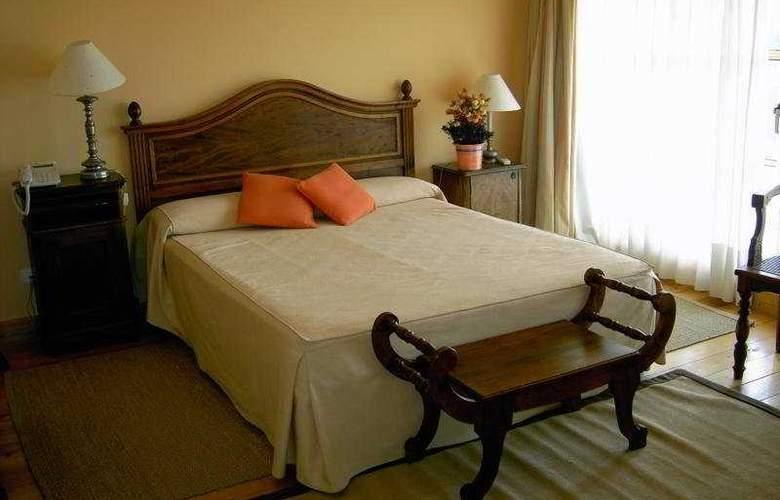 Posada Real del Pinar - Room - 2