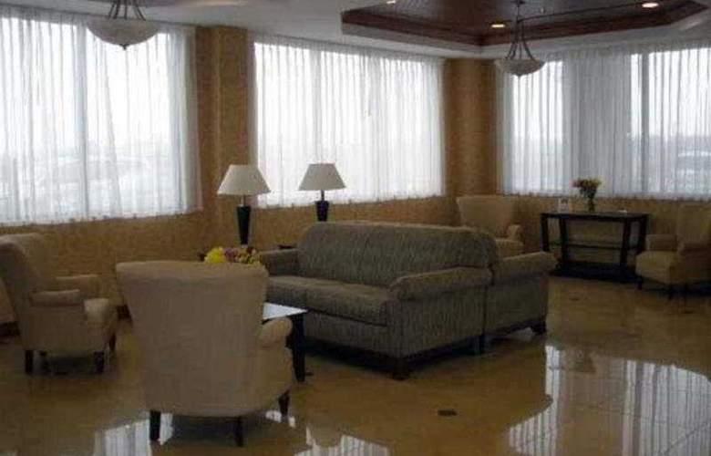 Comfort Suites Augusta - General - 1