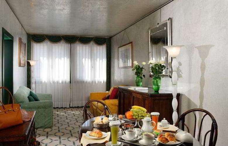 Palazzo Del Giglio - Room - 8