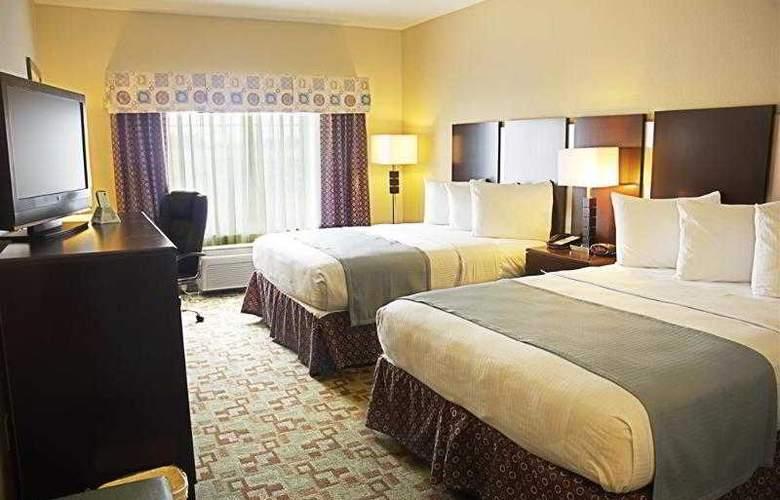 Best Western Plus Eastgate Inn & Suites - Hotel - 24