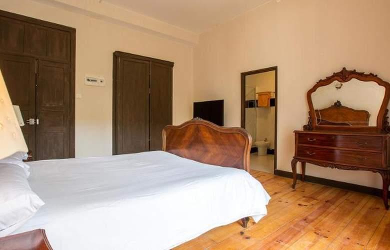 Madrid - Room - 5