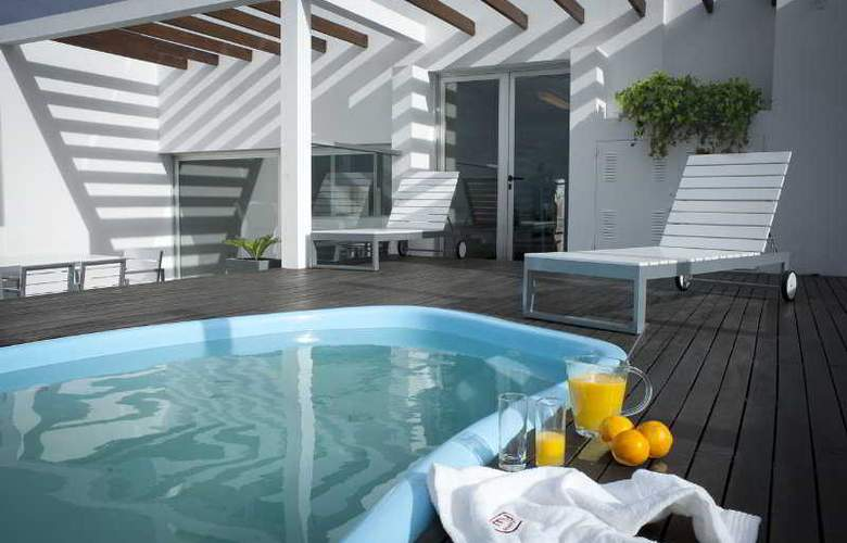 My Suites Boutique Hotel & Wine Bar - Pool - 8