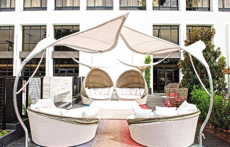 Beverly Hills Marriott - Pool - 37