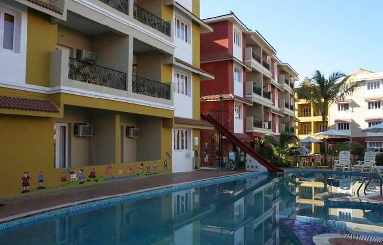 Goveia Holiday Homes - Pool - 1