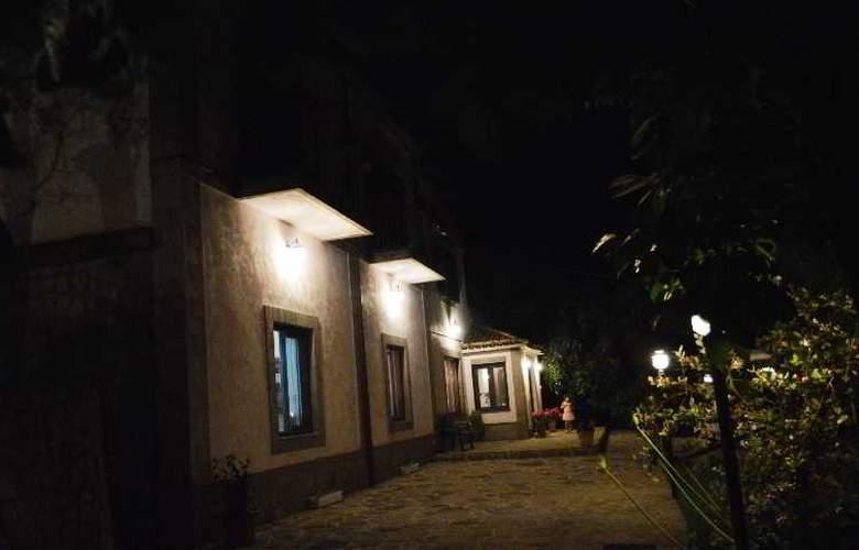 Il Casale Sorrento - Hotel - 4