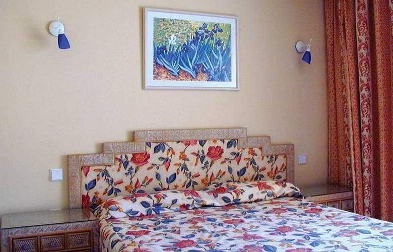 Garden Beach - Room - 2