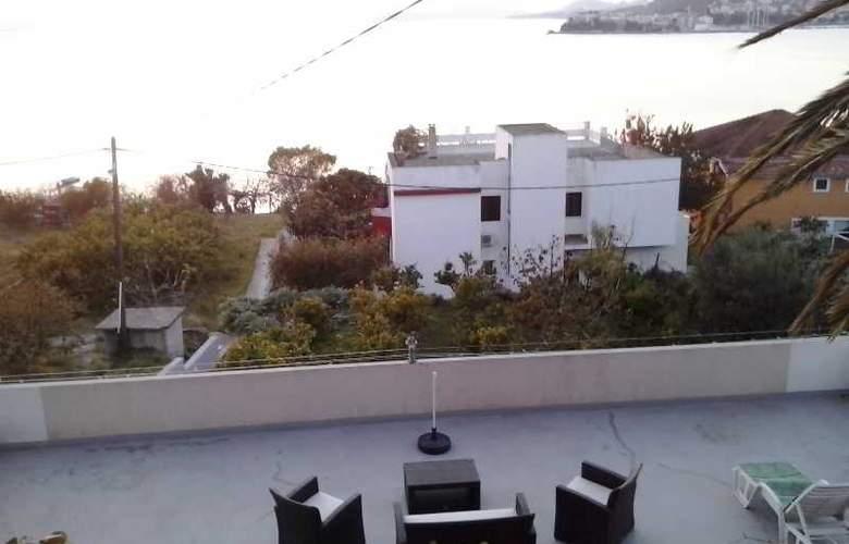 Villa Luketa - Terrace - 31