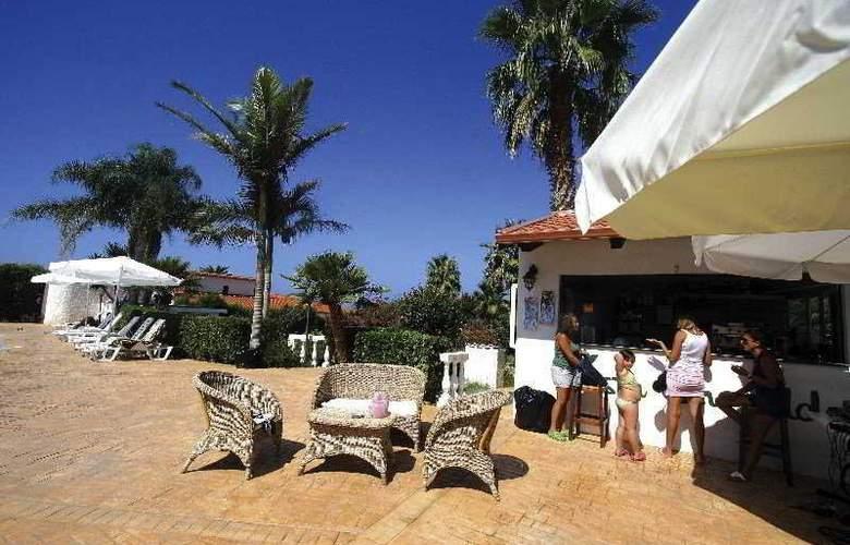 Hotel La Costa Smeralda - Terrace - 6