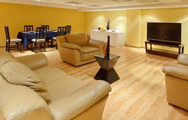 City Express Nuevo Laredo - Hotel - 14