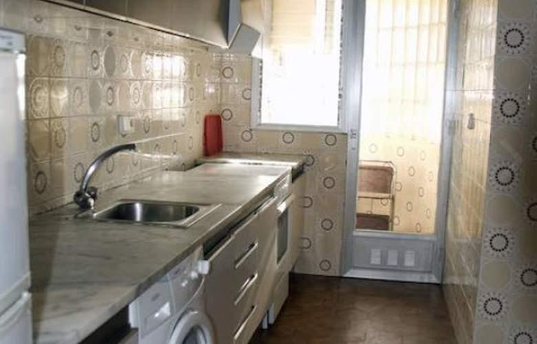 Apartamentos Meritxell/Santa Rosa -Palmyra - Room - 3