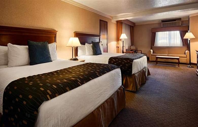 Best Western Landmark Inn - Room - 121