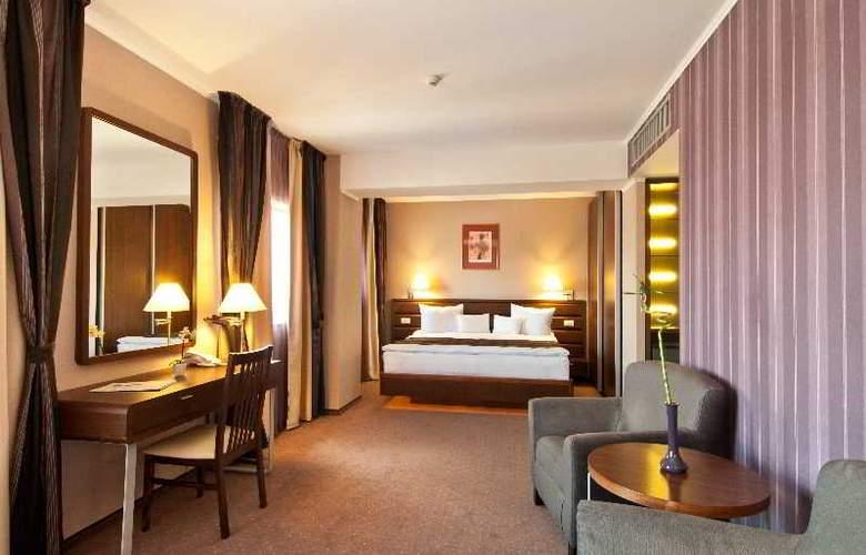 Ramada Cluj Hotel - Room - 14
