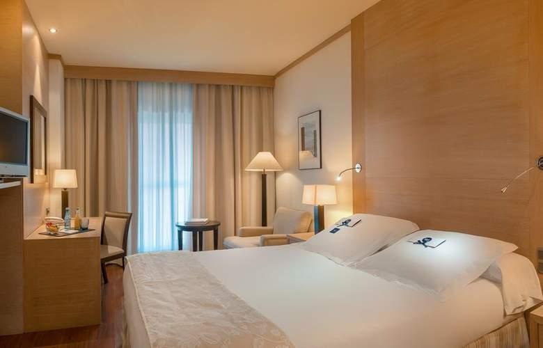 Sh Valencia Palace - Room - 2