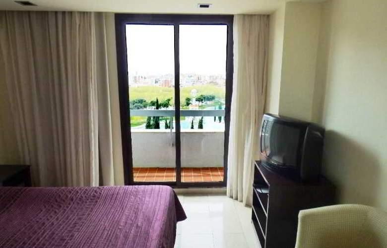Expo Hotel  Barcelona - Room - 14