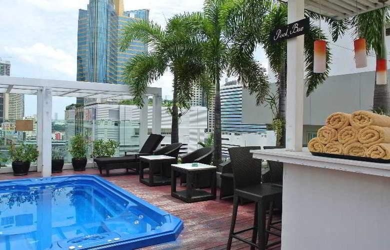 FuramaXclusive Asoke Bangkok - Pool - 12