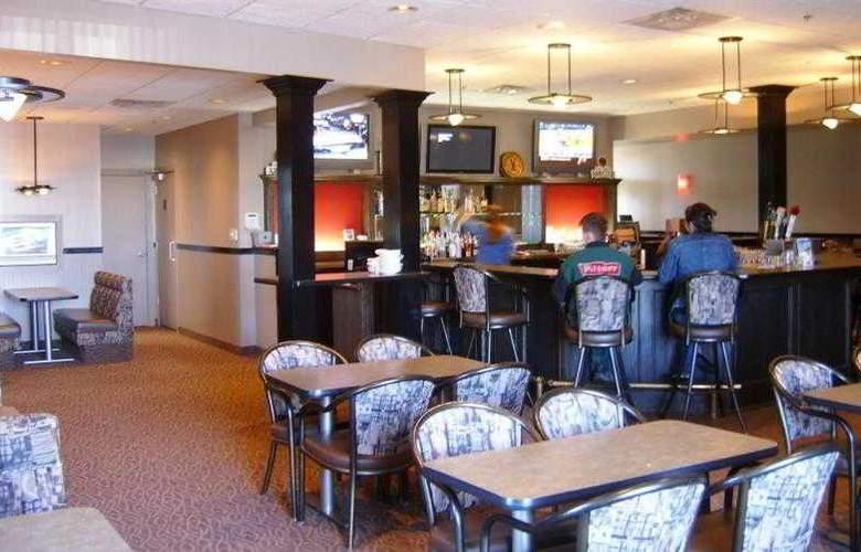 Best Western Seven Oaks Inn - Hotel - 43